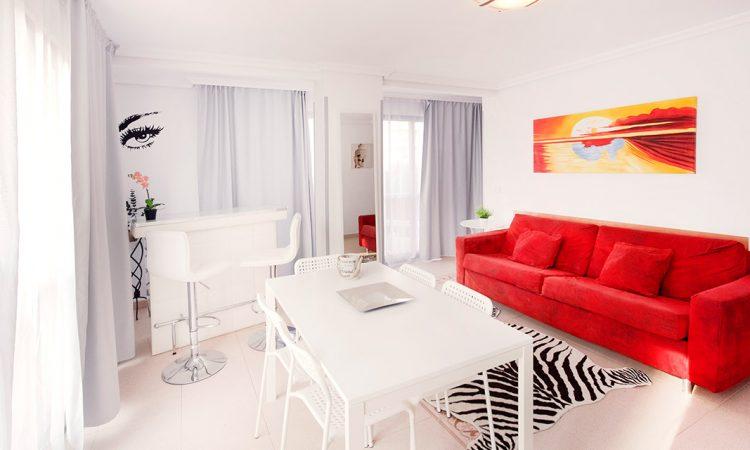 Holiday Apartment Benidorm 3E livingroom angle 5