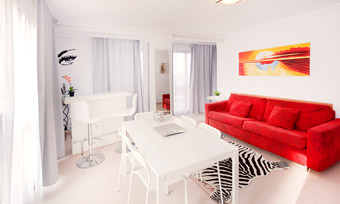 Holiday Apartment Benidorm 3E livingroom angle 5