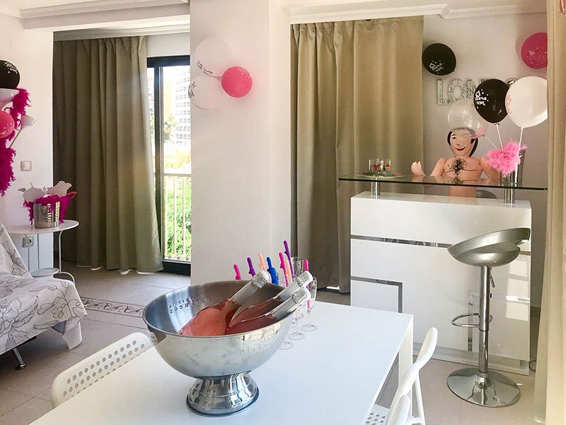 Hen Party Decoration Holiday Apartments Benidorm 1