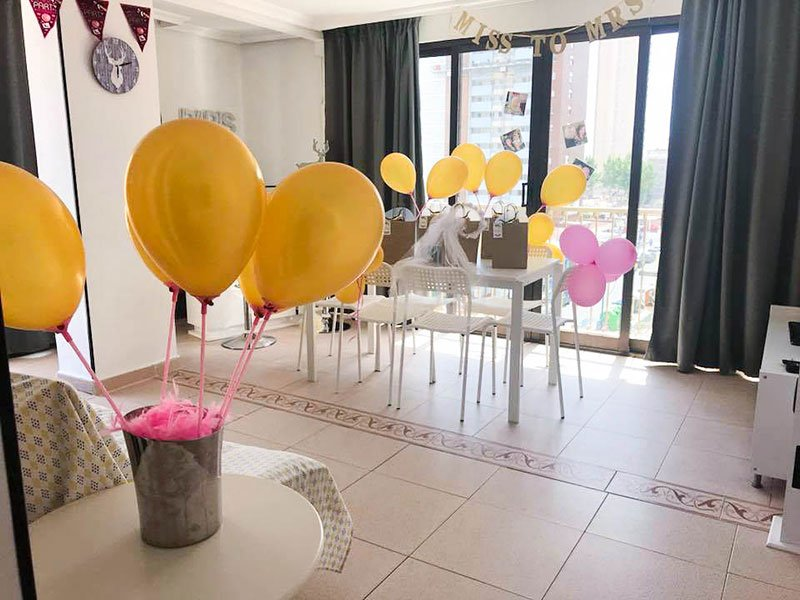 Hen Party Decoration Holiday-Apartments-Benidorm-My Pretty Payma Living room