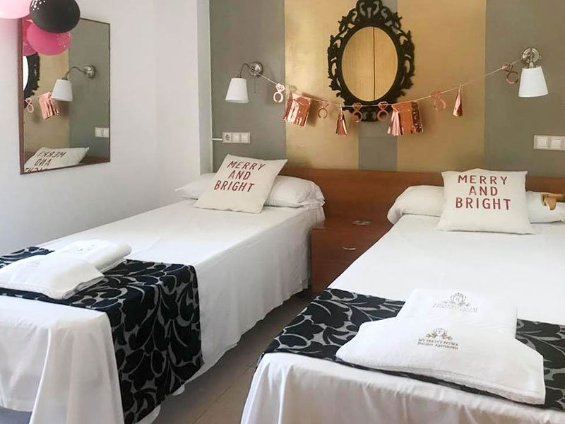 Hen Party Decoration Holiday Apartments Benidorm My Pretty Payma Bedroom